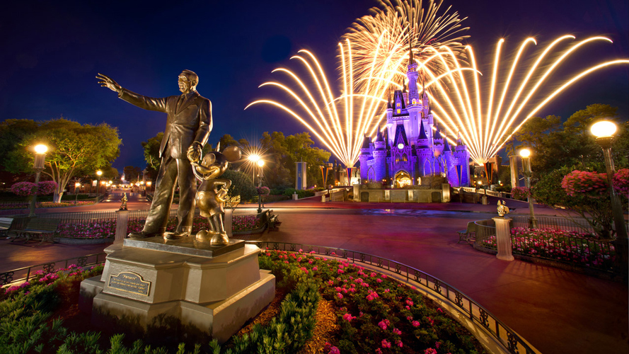 Walt Disney and Mickey's statue